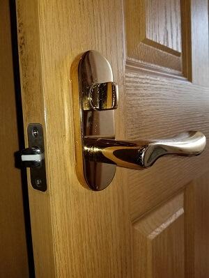 トイレの鍵交換